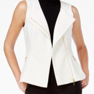 XOXO Juniors' Asymmetrical-Zip Vest